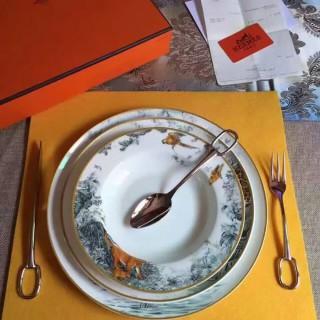 "Тарелка суповая HERMES ""CARNETS D'EQUATEUR"" 22 см -"