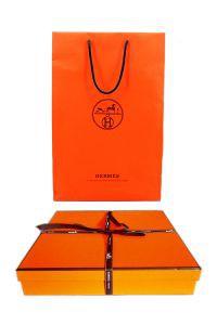 Фирменная коробка и пакет - 88888888qoqz.jpg