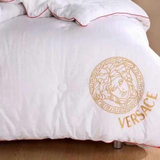 Шелковое одеяло Versace -